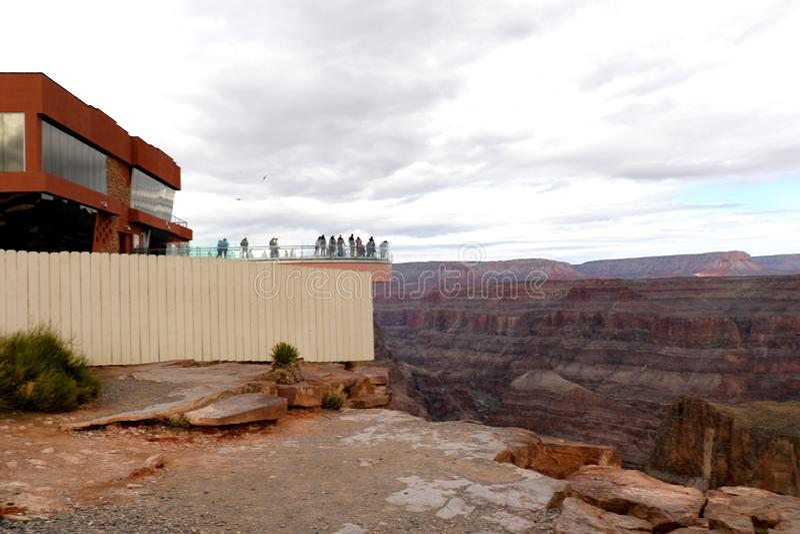 Skywalk på Grand Canyon, på Eagle Point i Arizona, Förenta staterna arkivbilder