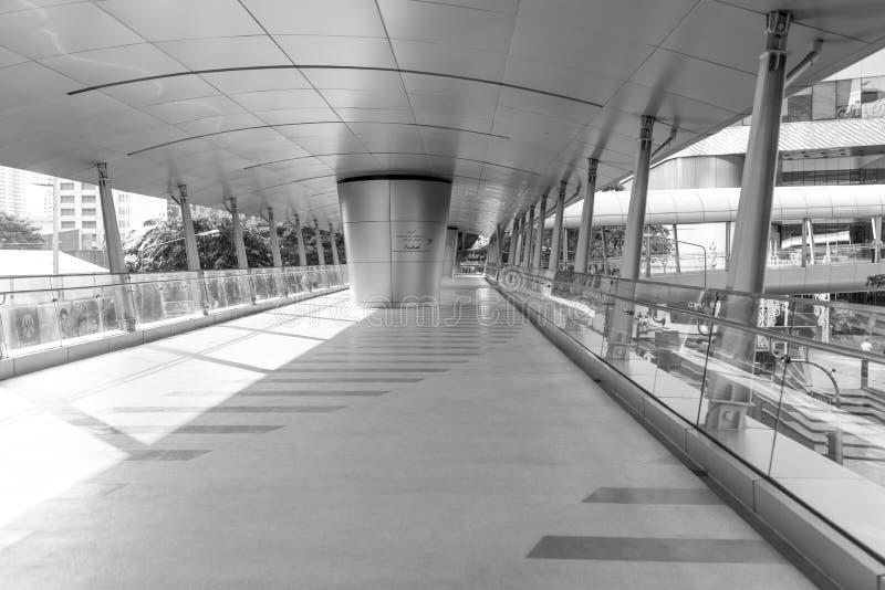 Skywalk-Weise lizenzfreies stockbild