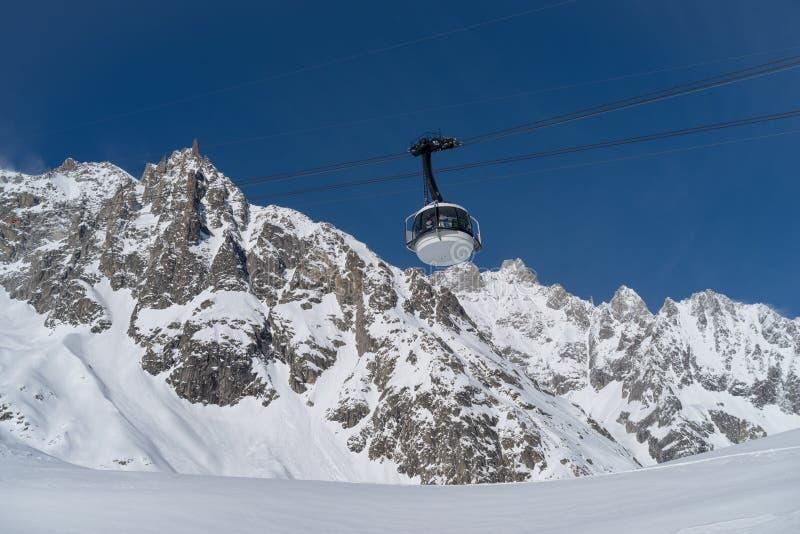 Skyway Monte Bianco, Courmayeur, Italia fotografía de archivo