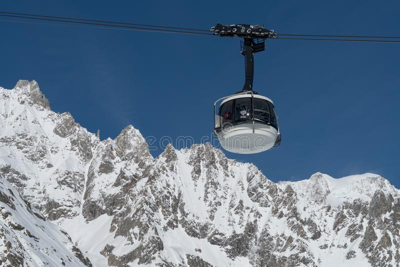 Skyway Monte Bianco, Courmayeur, Italia foto de archivo