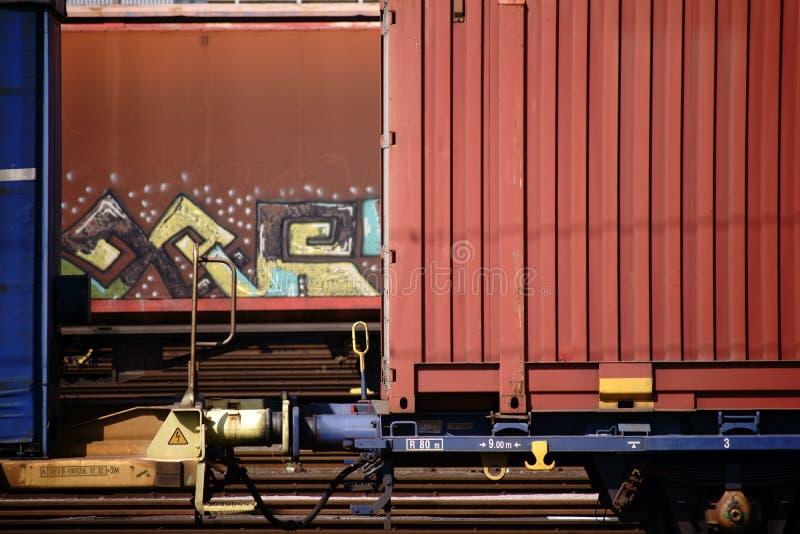 Släp-stång järnvägvagn fotografering för bildbyråer