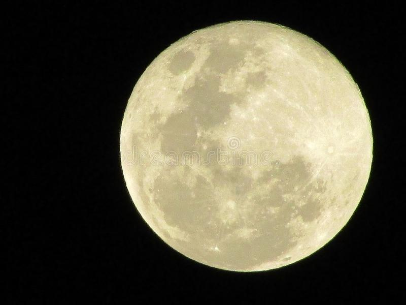 Slät yttersida för mörkt måneastronomiljus royaltyfri fotografi