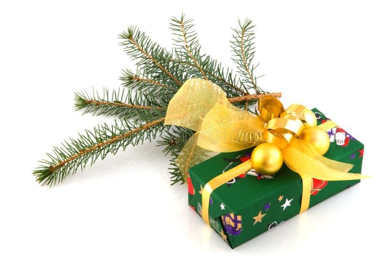 slågen in grön present royaltyfri fotografi