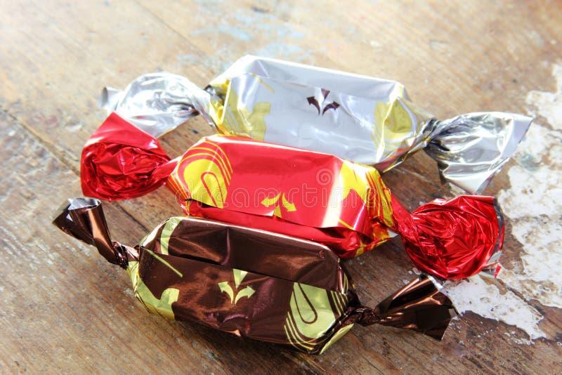 slågna in choklader royaltyfri fotografi