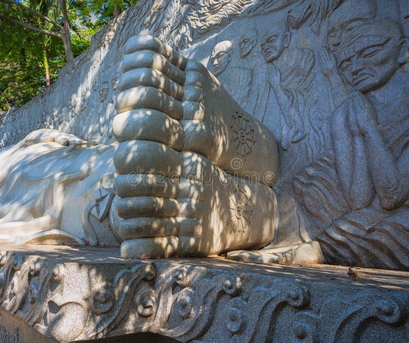Slaap Boedha bij de Lange Zoonspagode in Nha Trang stock fotografie