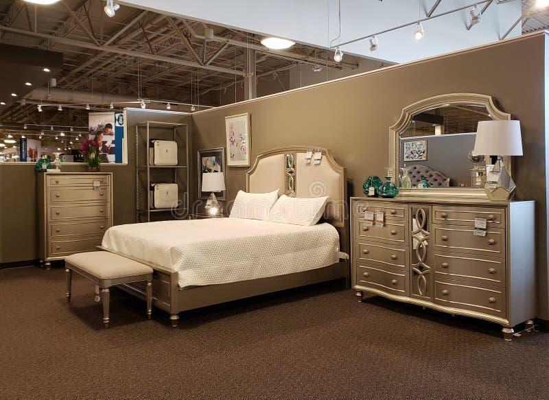 Slaapkamerfurnoture voor verkoop bij meubilairmarkt TX Amerika royalty-vrije stock fotografie