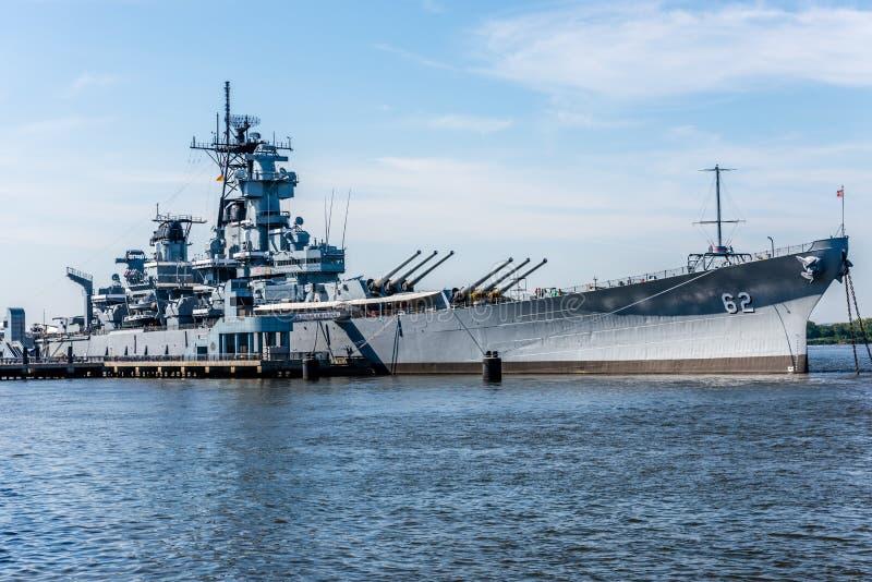 Slagskepp nya USS - ärmlös tröja BB-62 royaltyfri fotografi