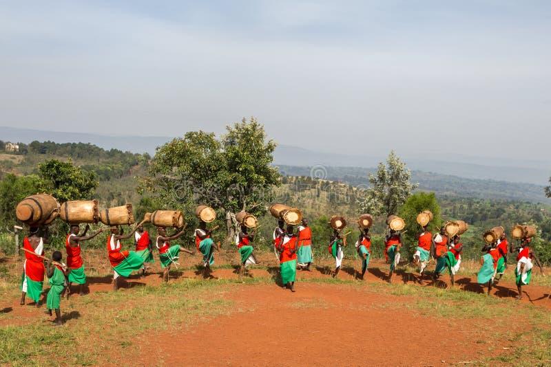 Slagwerkers van Burundi stock foto's