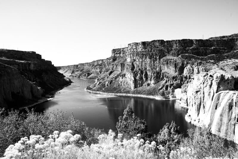 Slangrivier stroomafwaarts van Shoshone-Dalingen, Idaho royalty-vrije stock afbeelding