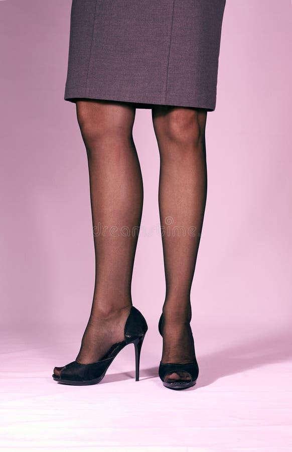 Slanke womansbenen royalty-vrije stock fotografie