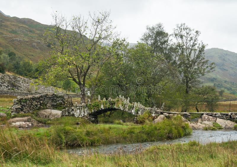 Slater Bridge near Little Langdale in Lake District, UK stock photography
