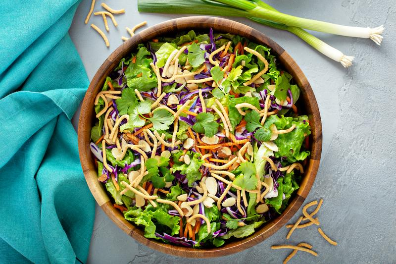 Slaw asiático da salada do estilo imagem de stock