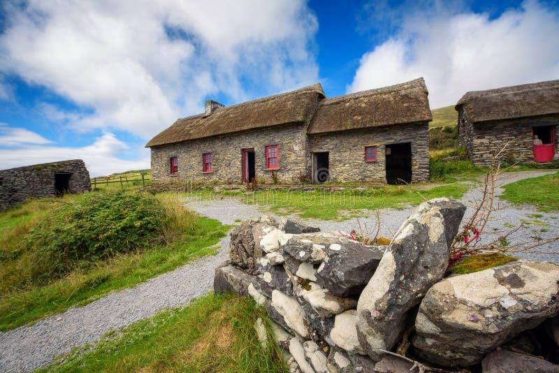 Slea głowy głodu chałupy w Irlandia obrazy stock