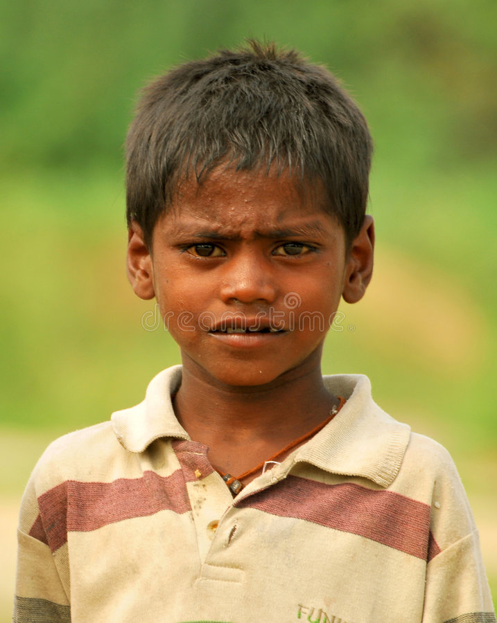 Slecht Indisch kind stock foto