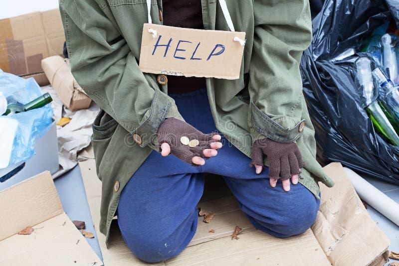 Slechte dakloze bedelaar stock fotografie