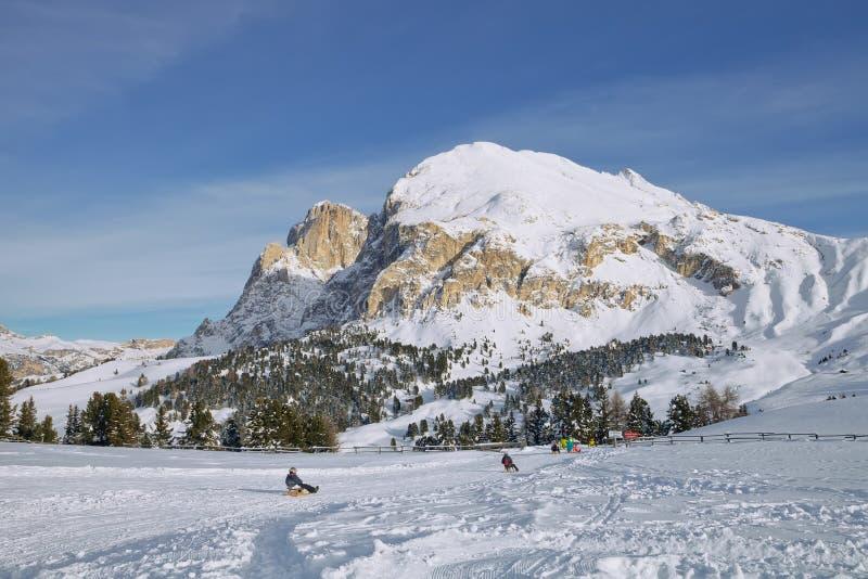 sledding的时间冬天 免版税库存图片