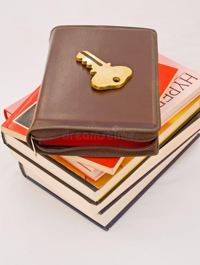Sleutel tot het leren: lezings boeken. stock foto