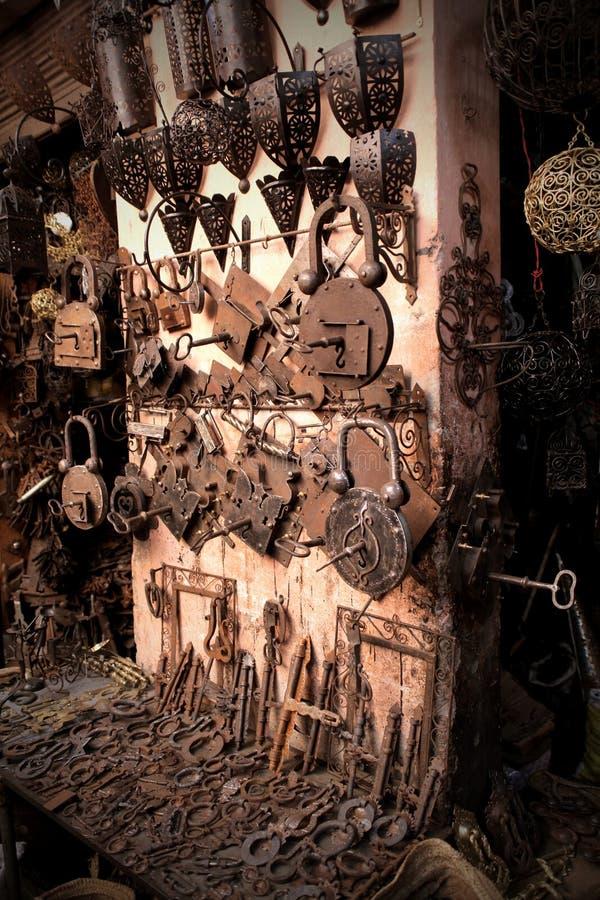 Sleutels en lampen royalty-vrije stock afbeeldingen