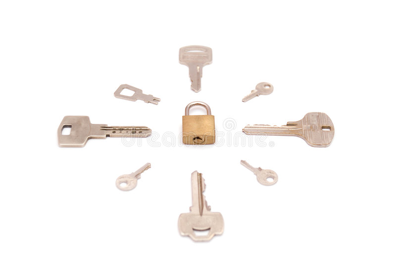 Sleutels rond veiligheidsslot stock fotografie