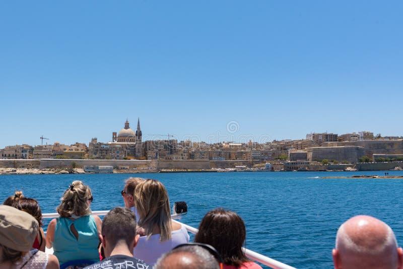 Sliema azur hamn med yachter, Malta, arkivfoton