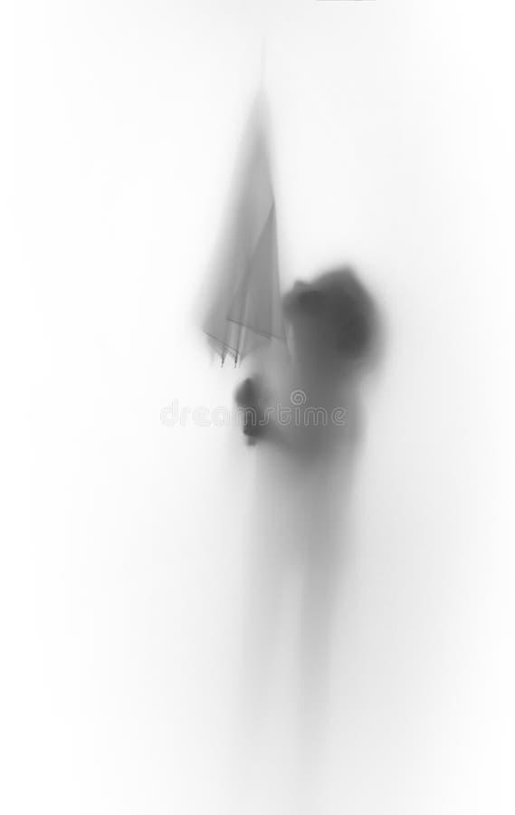 Slihouette diffuso del corpo di una ragazza con l'ombrello fotografia stock