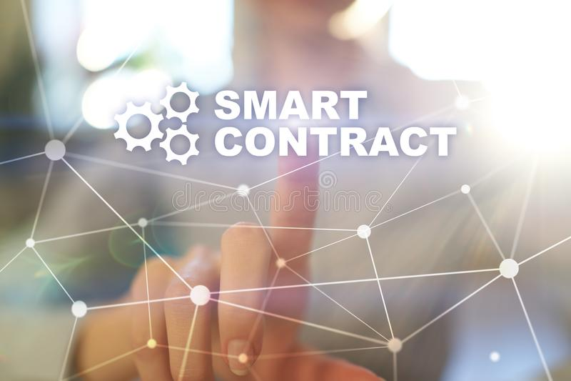 Slim contract, blockchain in moderne bedrijfstechnologie royalty-vrije stock foto's