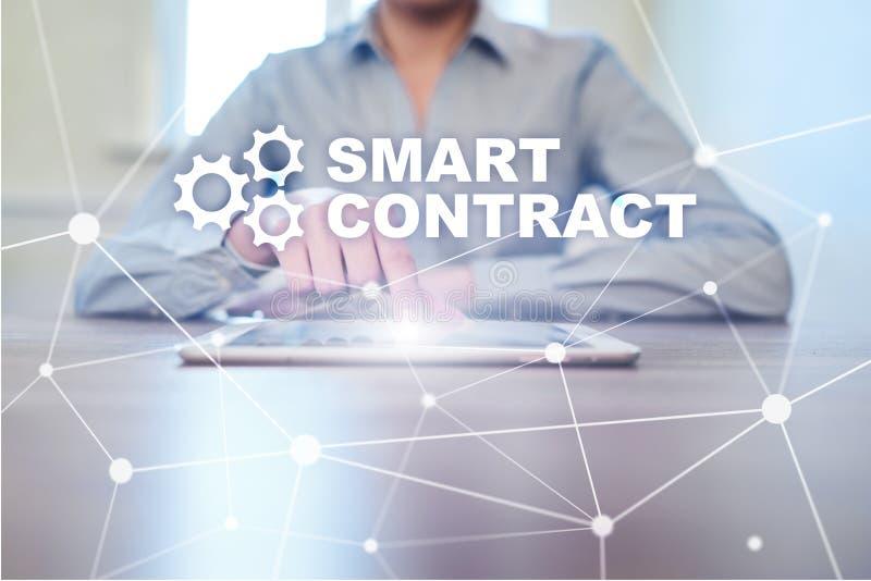 Slim contract, blockchain in moderne bedrijfstechnologie royalty-vrije stock afbeelding