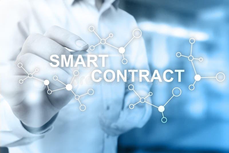 Slim contract, blockchain in moderne bedrijfstechnologie stock fotografie