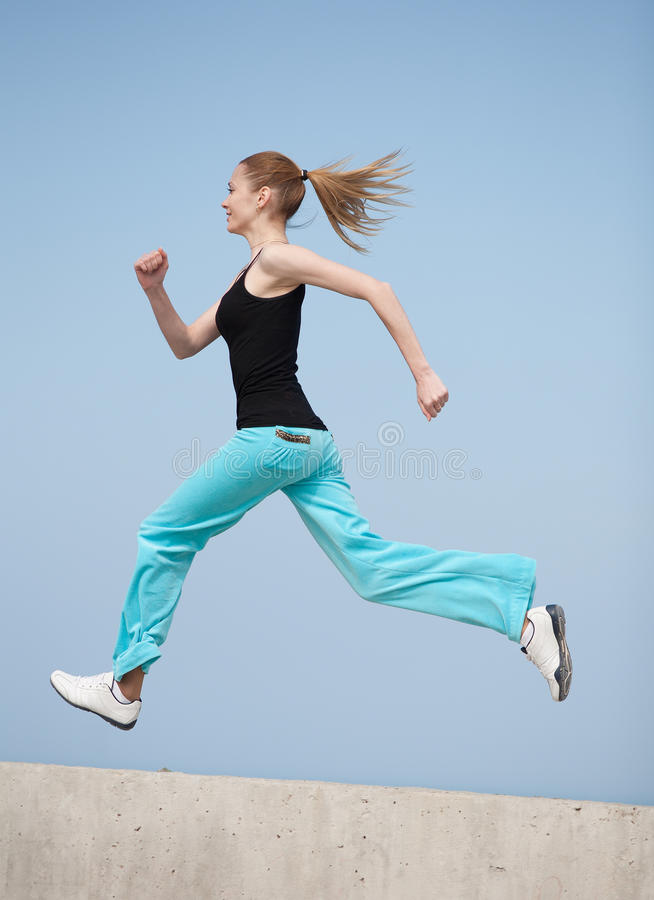 Download Slim Girl Runs Royalty Free Stock Photos - Image: 25765218