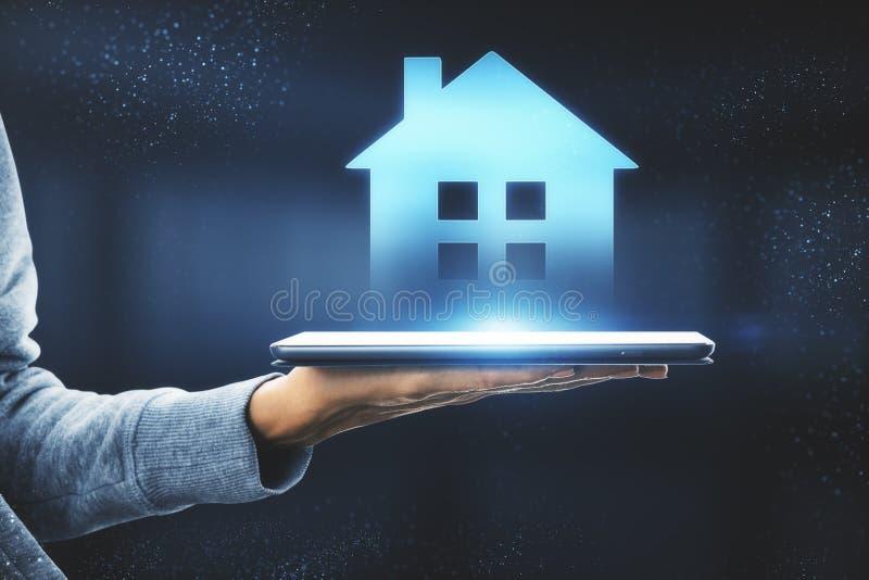 Slim huis en AI concept stock foto's