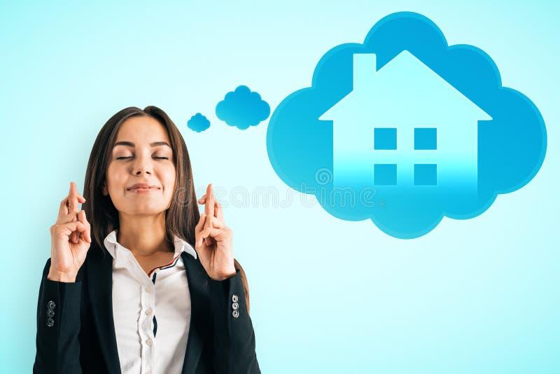 Slim huis en succesconcept royalty-vrije stock afbeeldingen