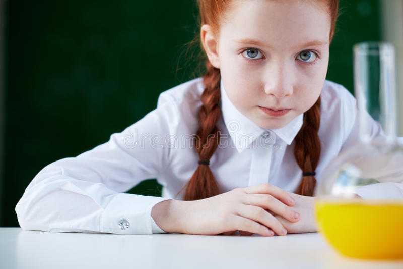 Slim schoolmeisje stock afbeelding