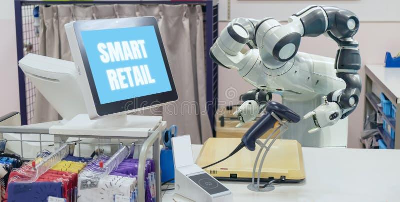 Slimme kleinhandels in futuristisch technologieconcept de de robotmedewerker van de receptionnistrobot in kassierscontrole heet a stock fotografie