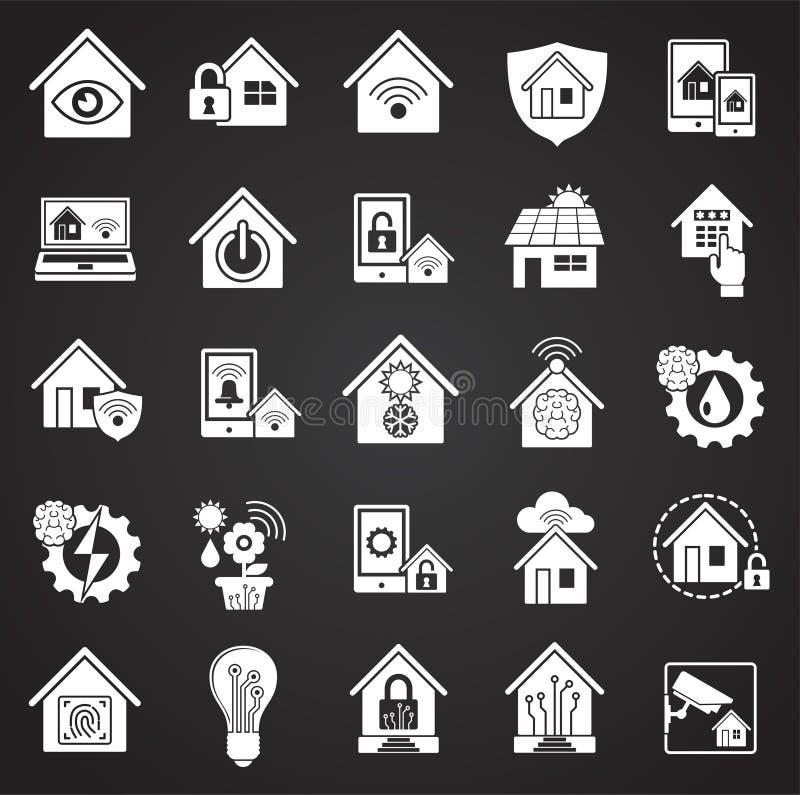 Slimme naar huis verwante die pictogrammen op zwarte achtergrond voor grafisch en Webontwerp worden geplaatst Eenvoudig vectortek stock illustratie
