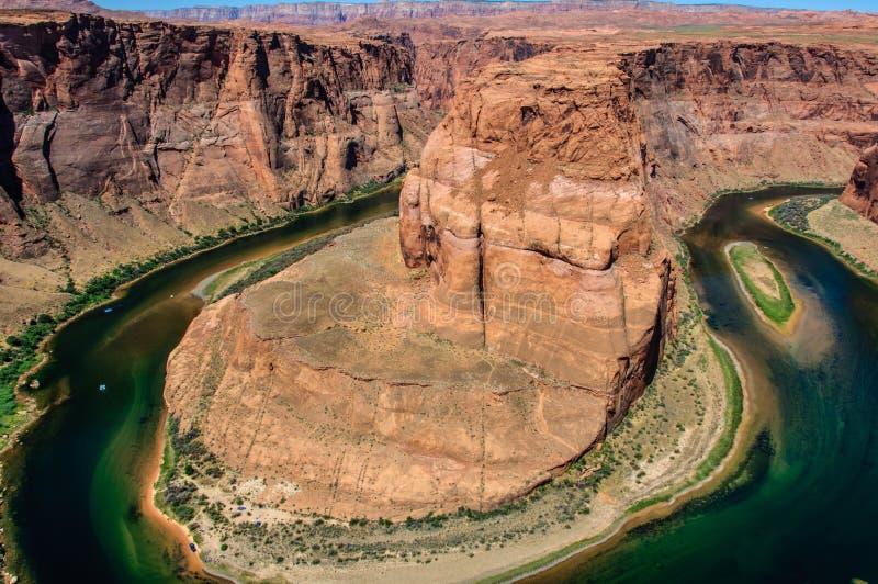 Slingrig Coloradofloden i kanjonen, hästskokrökning, Arizona arkivbilder