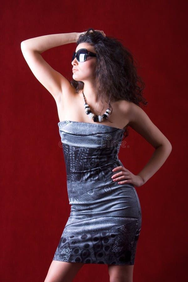 slitage för mode för solglasögon för stil för modemodell royaltyfri bild