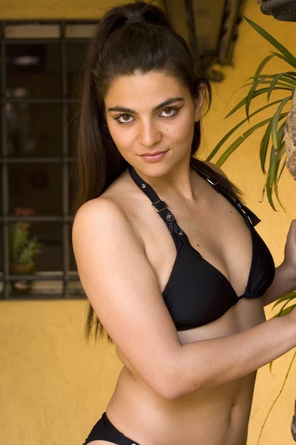 slitage kvinna för bikini royaltyfria foton