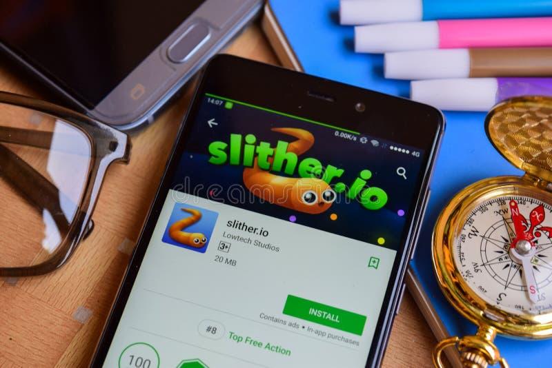slither colaborador app do io na tela de Smartphone imagens de stock royalty free