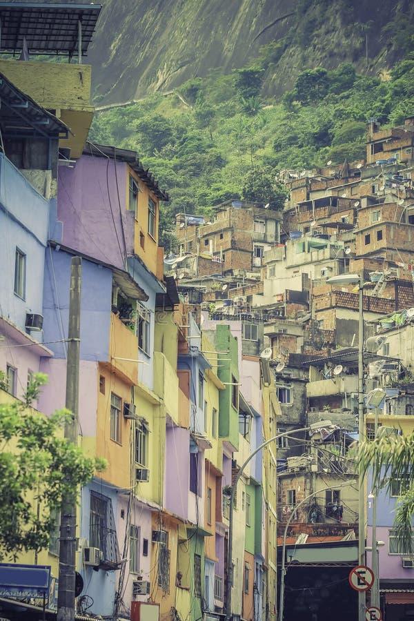 Sloppenwijk Favela in Rio de Janeiro stock afbeelding