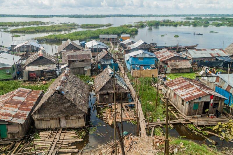 Sloppenwijk in Iquitos royalty-vrije stock afbeelding
