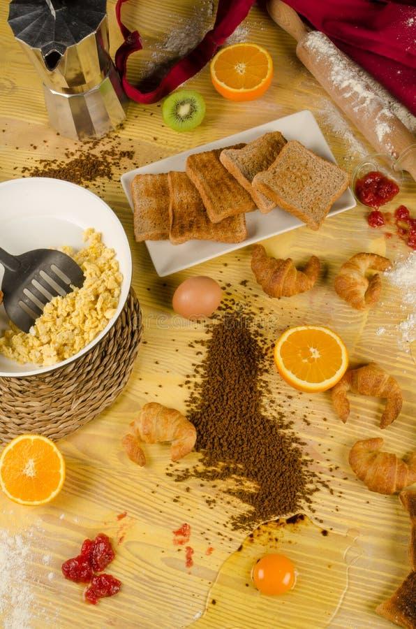 Slordig ontbijt stock afbeeldingen