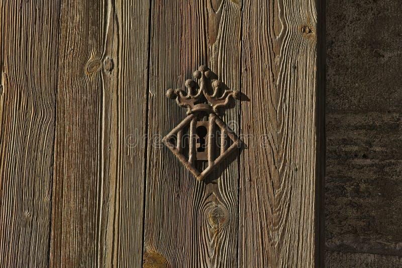 Slot met schildvorm Versterkte poort van Kwart gallon in Valencia royalty-vrije stock foto