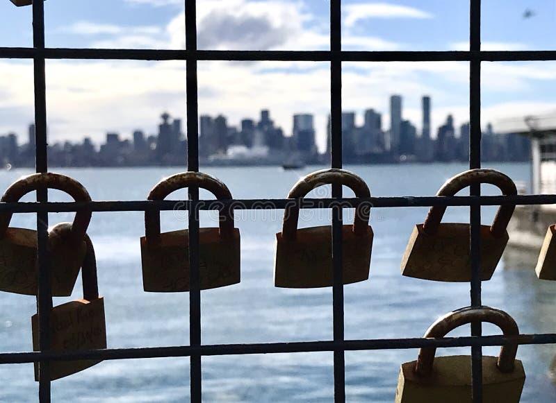 Sloten van de horizon van liefdevancouver royalty-vrije stock afbeelding