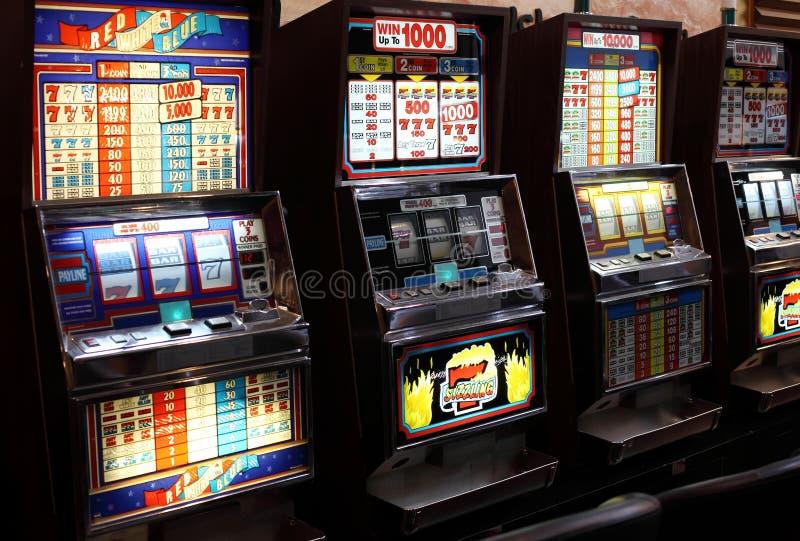 Slots machines do casino imagem de stock