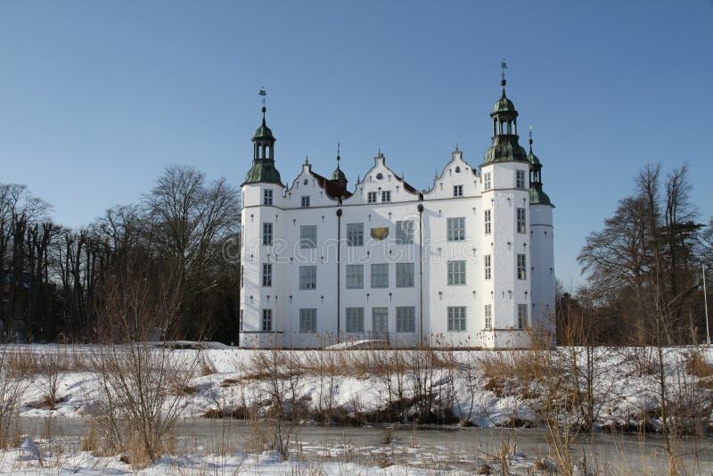 Slott av Ahrensburg, Tyskland, Schleswig-Holstein royaltyfria bilder