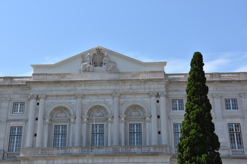 Download Slott Av Ajuda I Lissabon, Portugal Arkivfoto - Bild av lawn, museum: 76700200