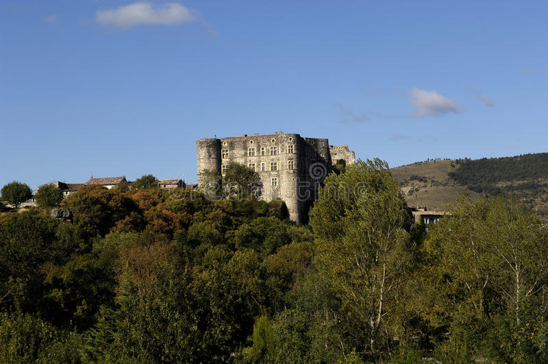 Slott av Alba la Romaine, Rhone-Alpes, Ardeche, Frankrike royaltyfri foto
