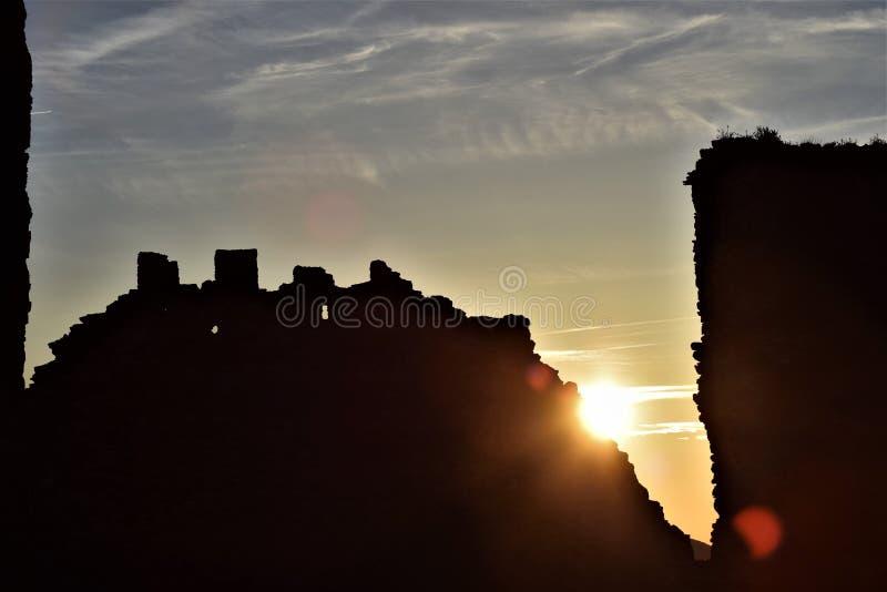 Slott av Almonacid de Toledo royaltyfri foto