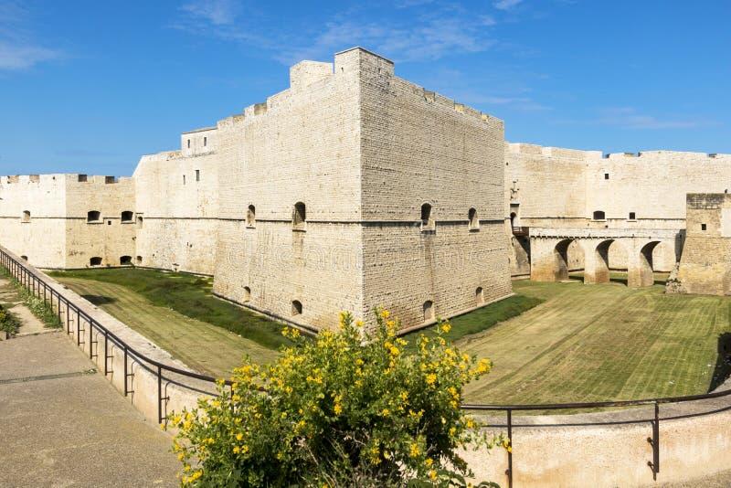 Slott av Barletta Puglia italy royaltyfri bild