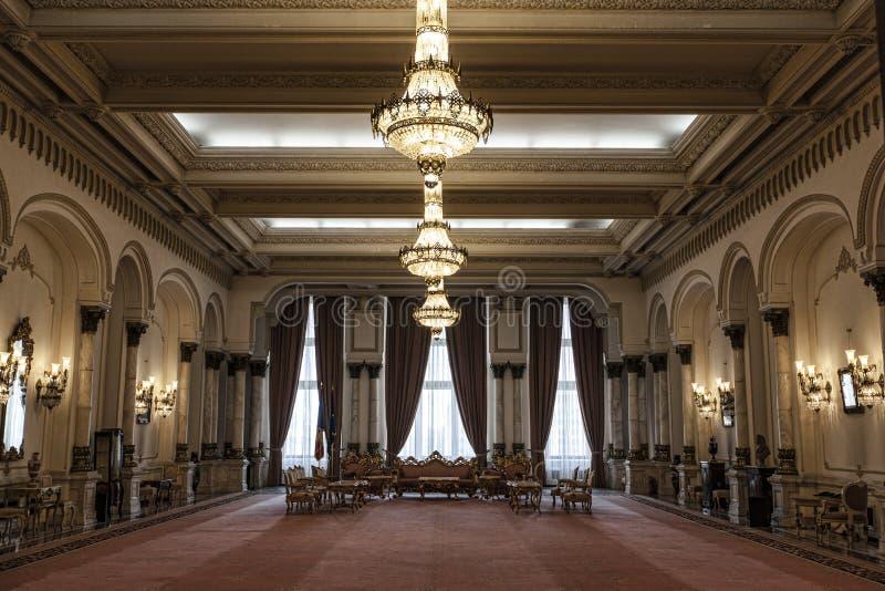 Slott av den rumänska parlamentet royaltyfria foton